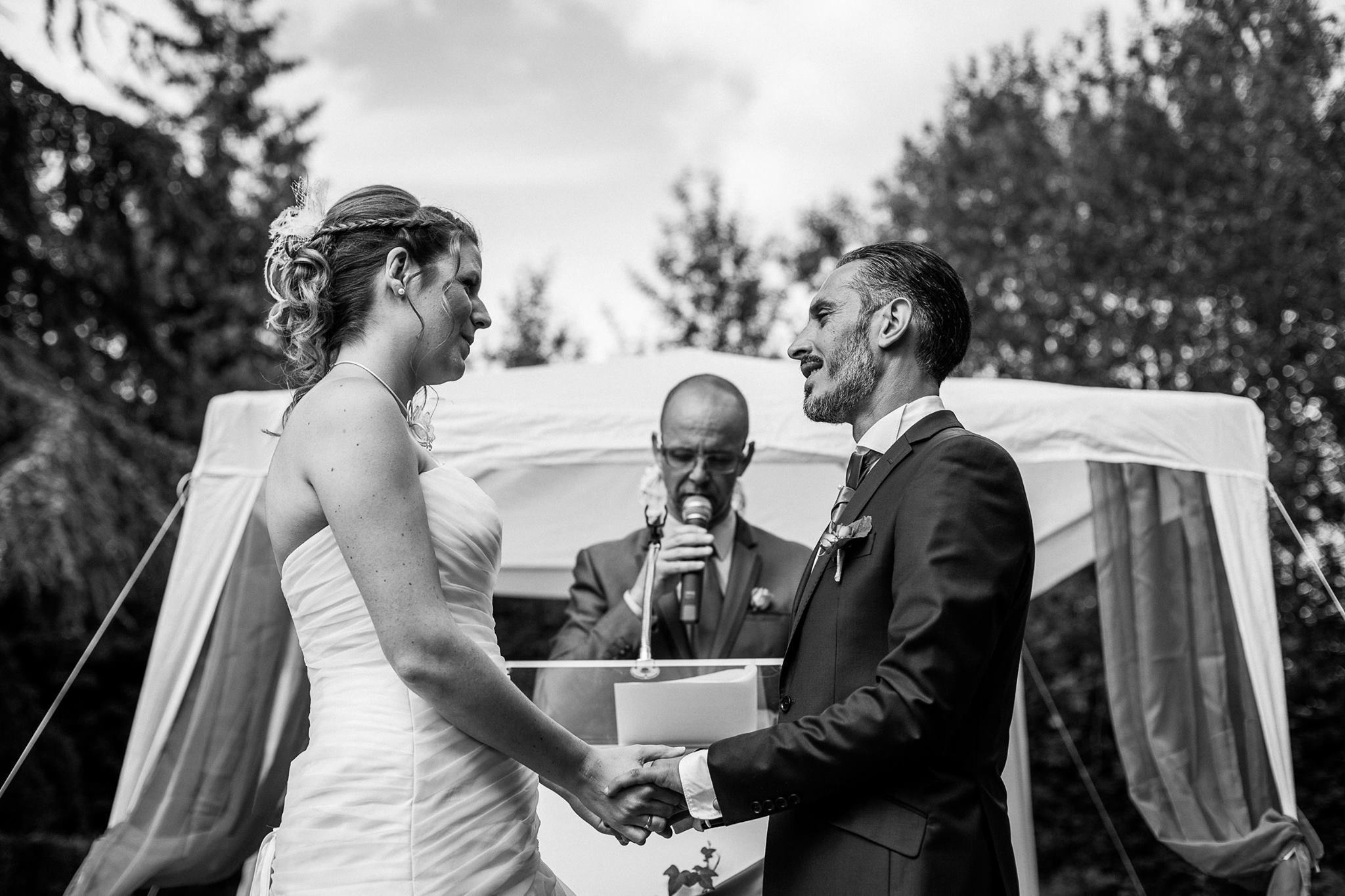 david simoulin officiant mariage lac - Mariage Laic