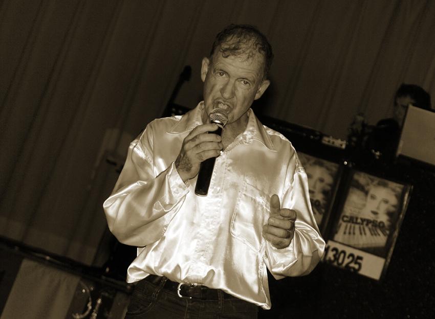 willy animation dj et musiciens haute savoie 74 messery les prestataires de mariage com. Black Bedroom Furniture Sets. Home Design Ideas