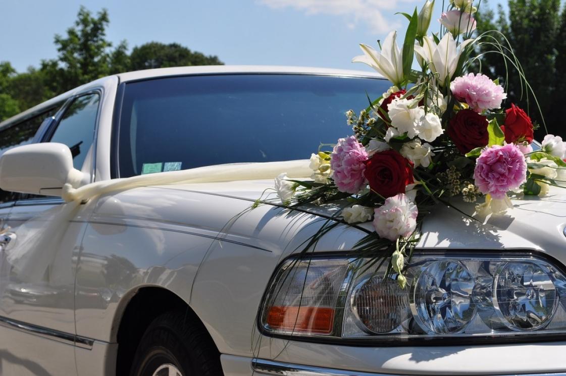 provence limousine location de v hicule vaucluse 84 pernes les fontaines les. Black Bedroom Furniture Sets. Home Design Ideas
