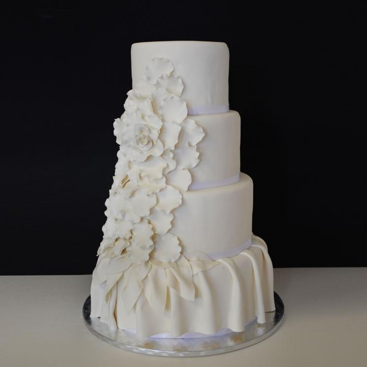Une fille en cuisine traiteurs et wedding cake for 2 filles en cuisine lyon