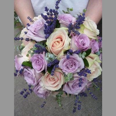 courret fleuriste mariage gironde 33 sainte foy la grande les prestataires de mariage com. Black Bedroom Furniture Sets. Home Design Ideas
