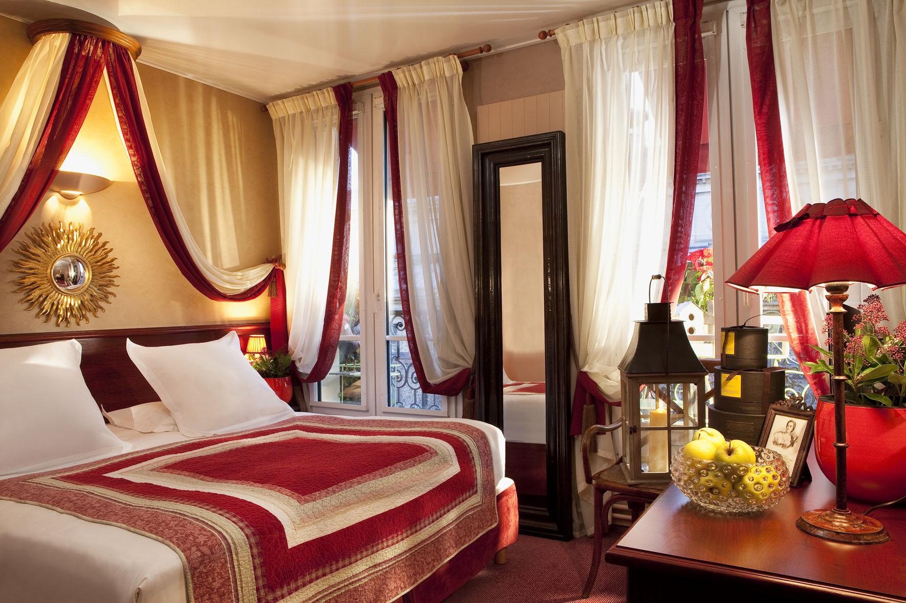 H tel britannique voyage de noces paris 75 paris for Hotel paris 75