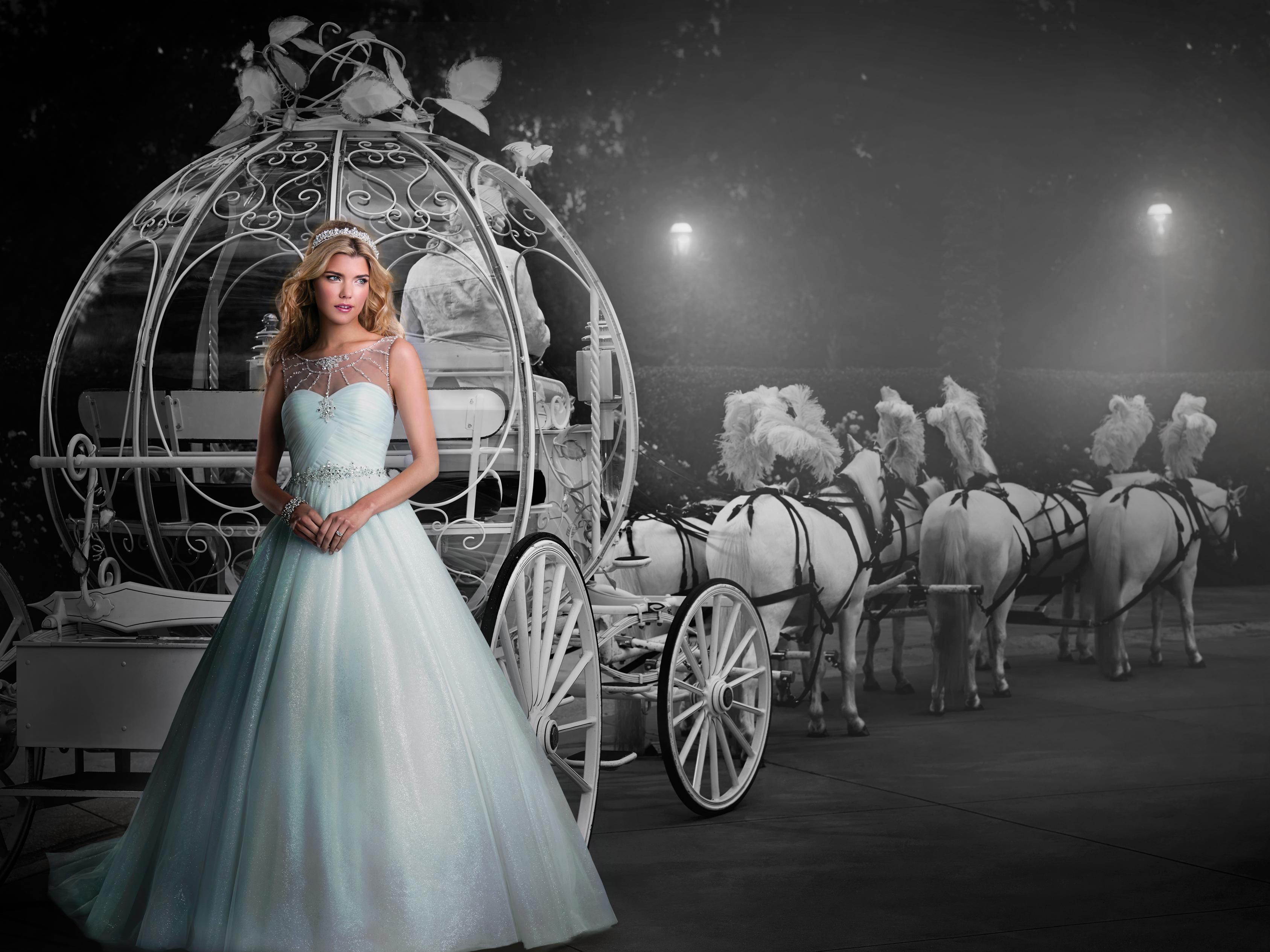 Concept mariage cort ge boutiques de robes et de tenues for Boutiques de mariage orlando