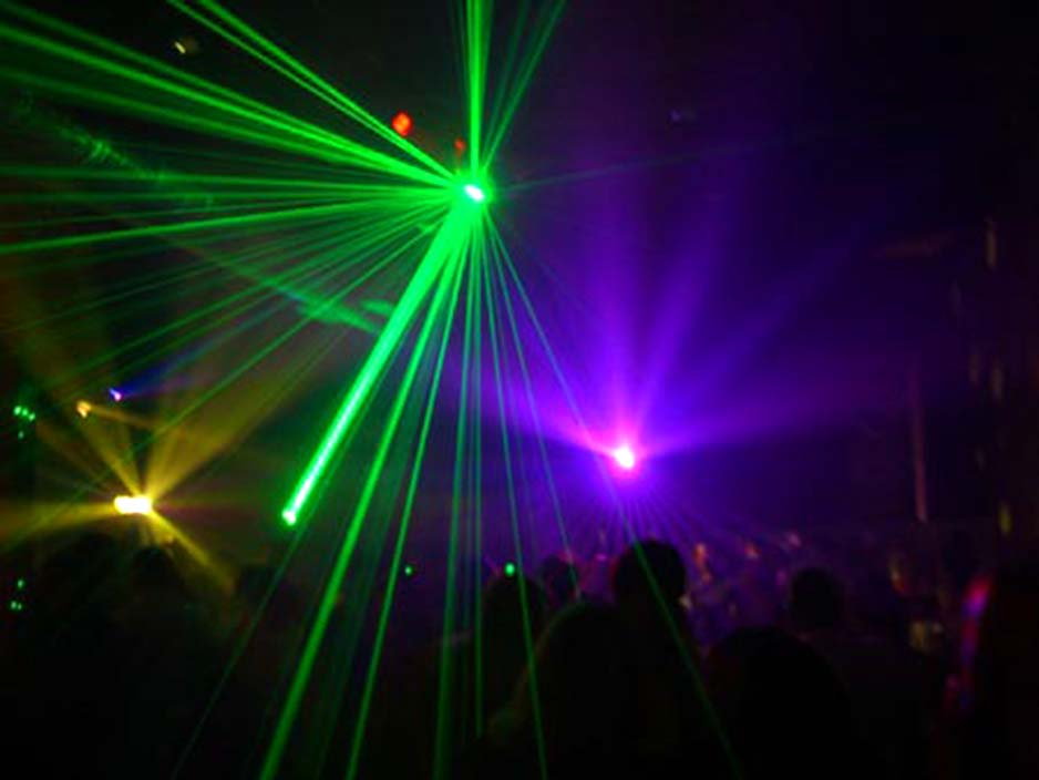 laser light show jul animation dj et musiciens haute savoie 74 28618
