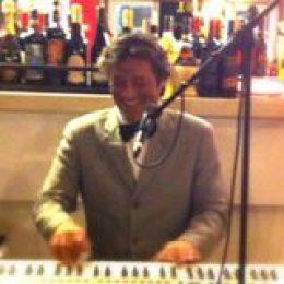 Leonardo International Musique (Piano & Voix)