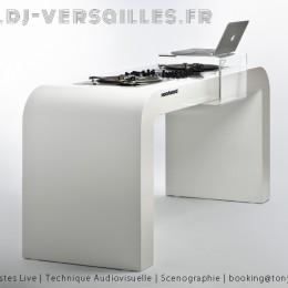 DJ VERSAILLES