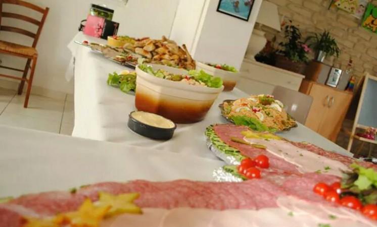 Cuisine et plaisir traiteurs et wedding cake pas de calais 62 b thune les prestataires for Cuisine plaisir