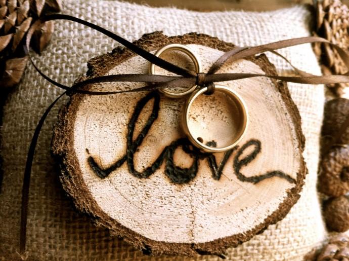 Un porte alliances original pour mon mariage - Porte alliance champetre ...