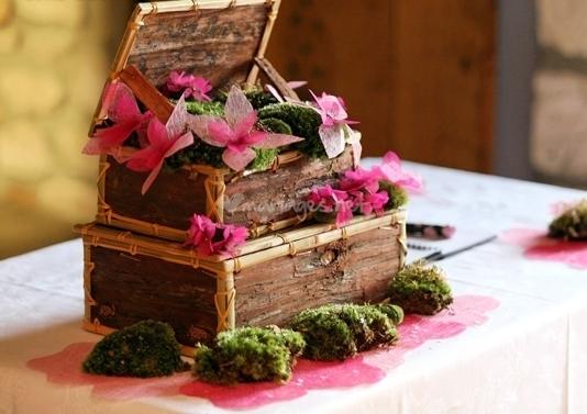 10 urnes de mariage coup de coeur for Decoration urne de mariage