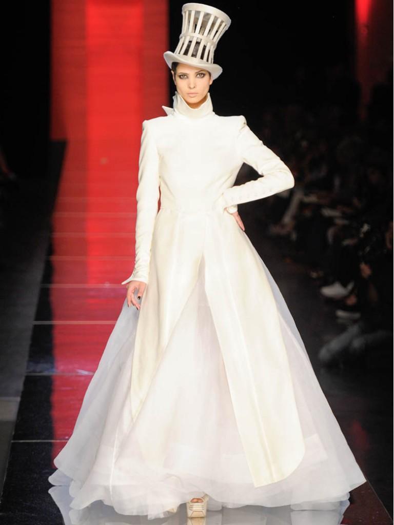 Robes de mari e des noces haute couture for Robes pour la 50e anniversaire de mariage