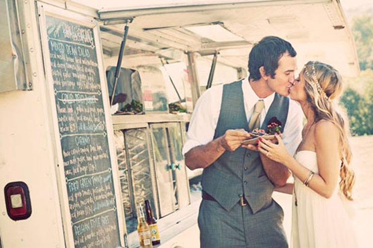 mariage-plus-food-truck-une-reception-originale-_493_8614