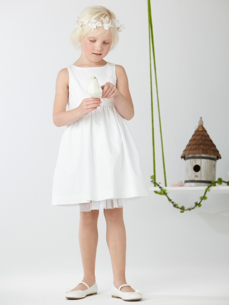 Robes blanches pour petites filles