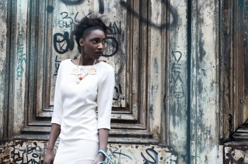 Créatrice : Ngoc-Phung DANG Robe en soie et laine Modèle : Jessica N. 250 euros