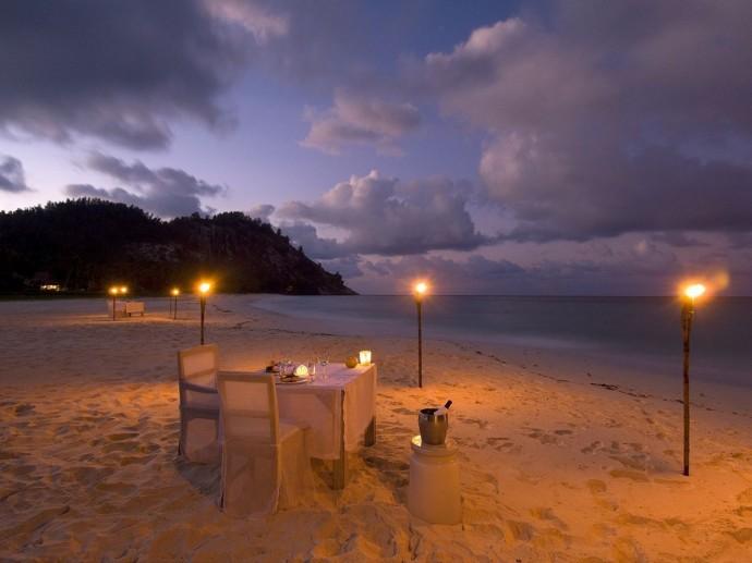 plage nuit seychelles