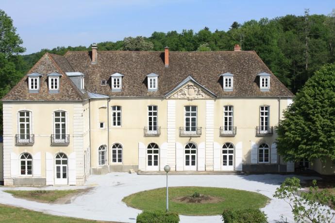 chateau de loulans