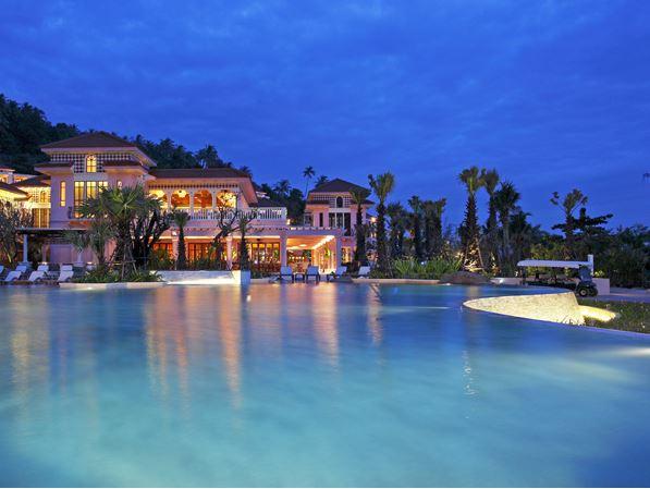 Centara Grand Beach Resort Phuket Facilities 4