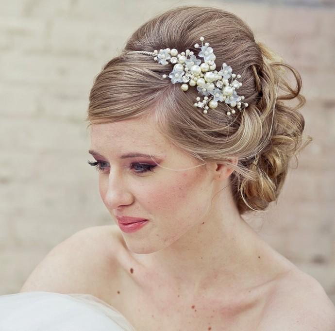 Exceptionnel Quel chignon de mariée pour quelle forme de visage ? - Mariage.com QZ42