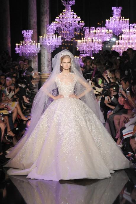 Les robes de mari e haute couture automne hiver 2014 2015 for Robes de mariage ellie saab