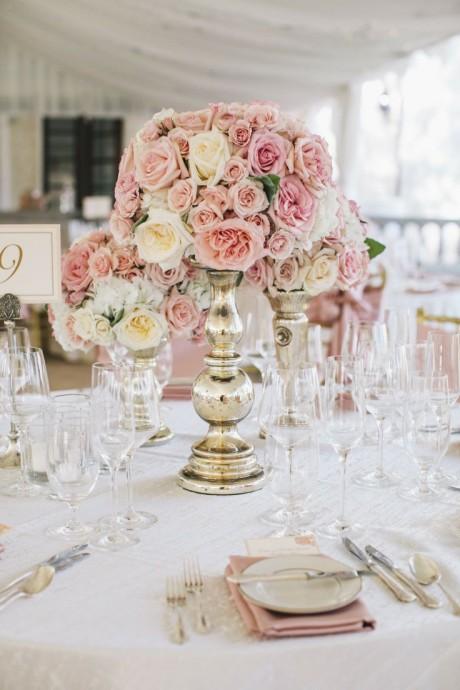 vase en argent retro centre de table roses