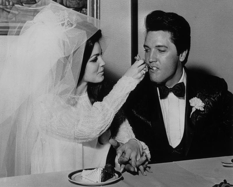 Elvis Presley, chanteur, et Priscilla Beaulieu, actrice, 1967