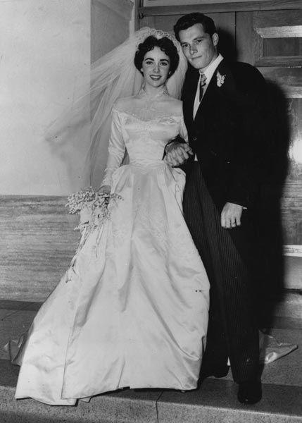 Elizabeth Taylor, actrice, et Conrad Hilton, fondateurs des hôtels Hilton, 1950