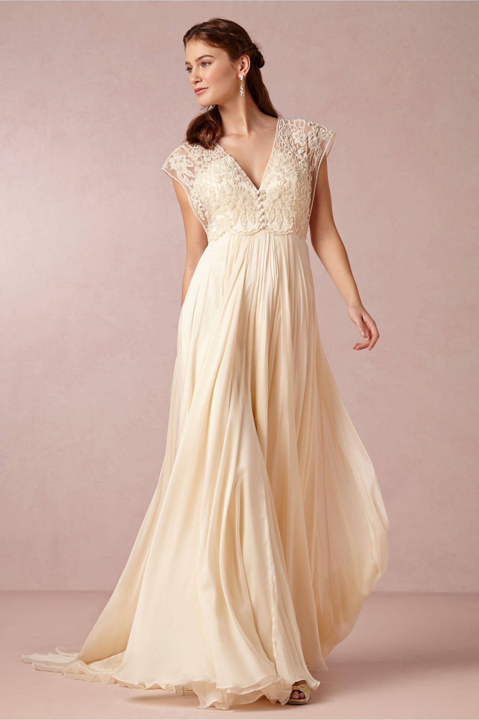 Introducing PomPon   Plum Pretty Sugar Bridesmaid Robes