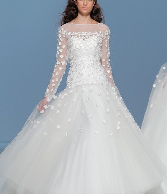 Choisir sa robe de mariée en fonction de sa morphologie