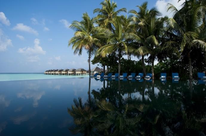 The Sun Siyam Iru Fushi Infinity piscine