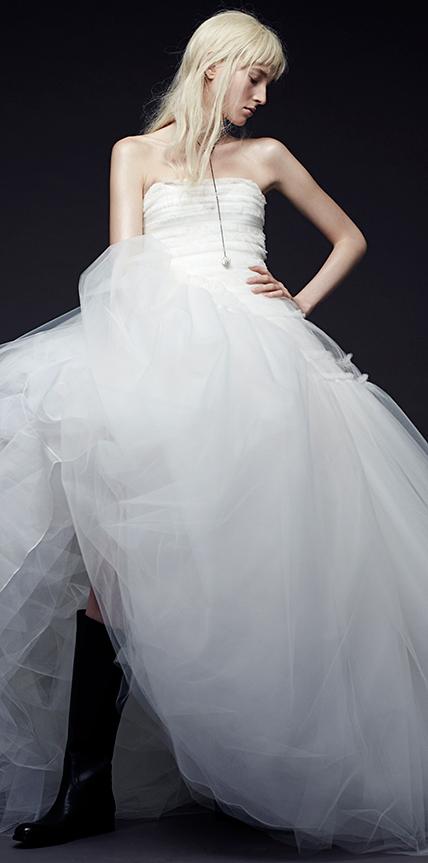 Vera wang collection hiver 2015 for Meilleures robes de mariage vera wang