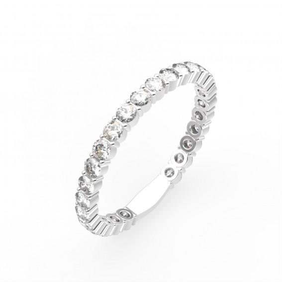 Cette petite merveille Gemmyo s'appelle Fée. La bague en platine et en diamant est parfaite pour être porter au quotidien. Prix : 4540 euros