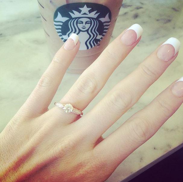 Demande-mariage-Starbucks-2