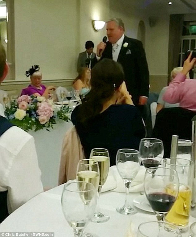 Papa chanteur mariage 1