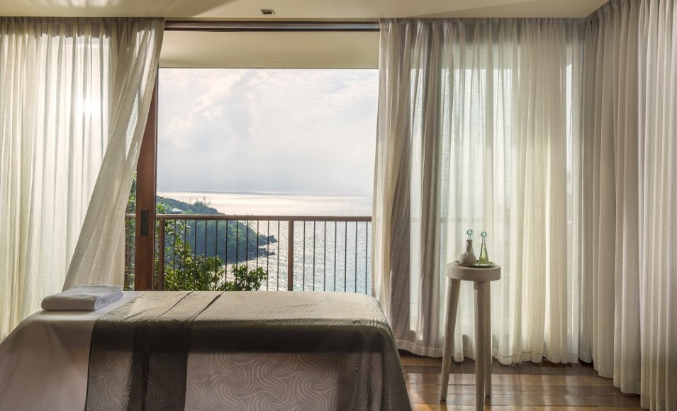 seychelles-four-seasons-massage-chambre
