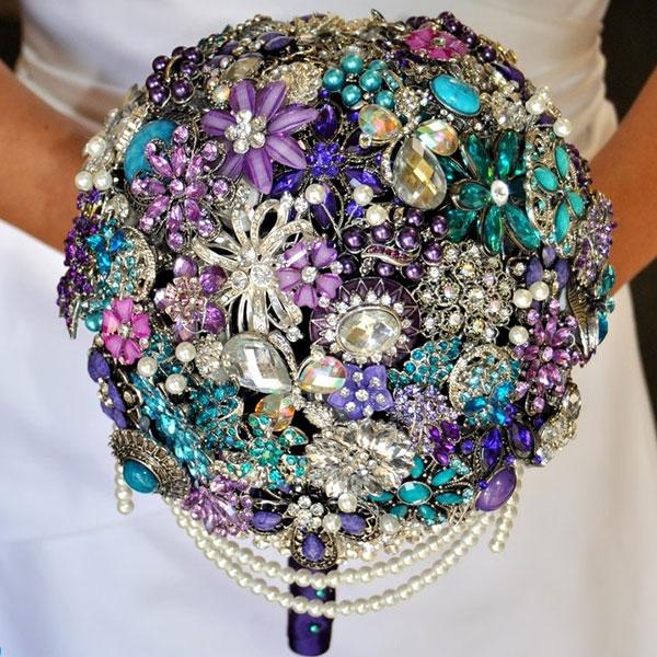 bouquet en bijou pour la mariee