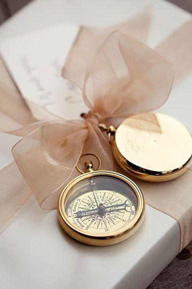 cadeaux invites boussole mariage invitation au voyage