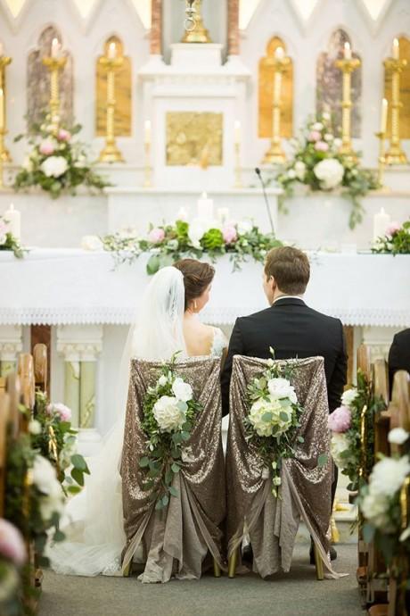 ceremonie mariage or argente maries