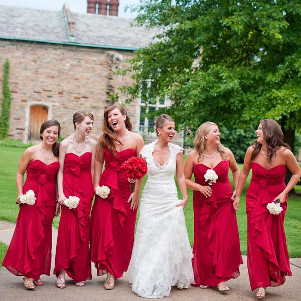 Rouge ou noir les robes de mes demoiselles d 39 honneur for Robes de noce ann taylor