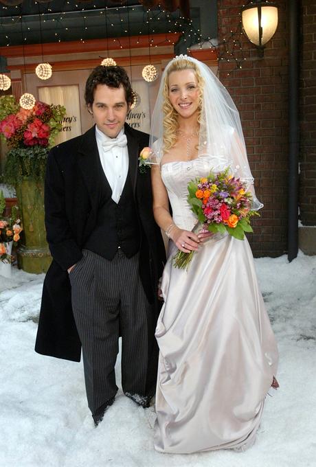 La saison 10 de Friends est celle du mariage de Phoebe.