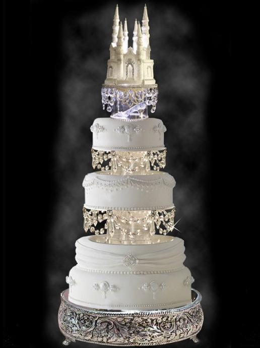 le chateau de cendrillon pour mon mariage en guise de gateau
