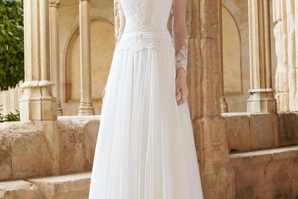 Robes de mari e belles et rondes for Faire don d une robe de mariée plus ancienne