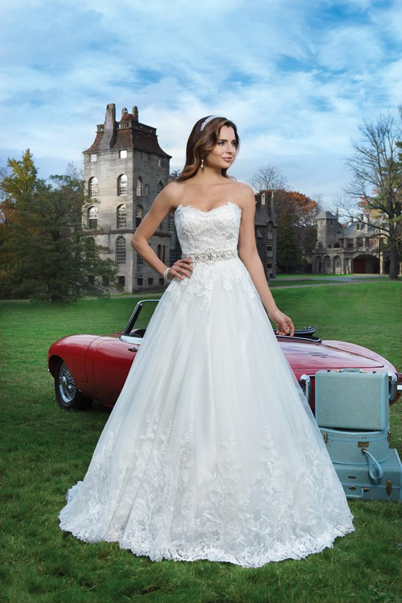 Justin alexander collection 2015 for Combien sont justin alexander robes de mariage