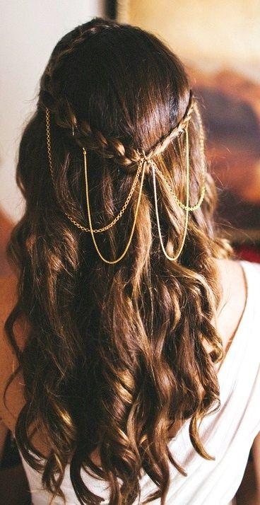 autre ide de coiffure porter sur des cheveux longs ils sont ici lgrement - Coiffure Mariage Cheveux Mi Long Lachs