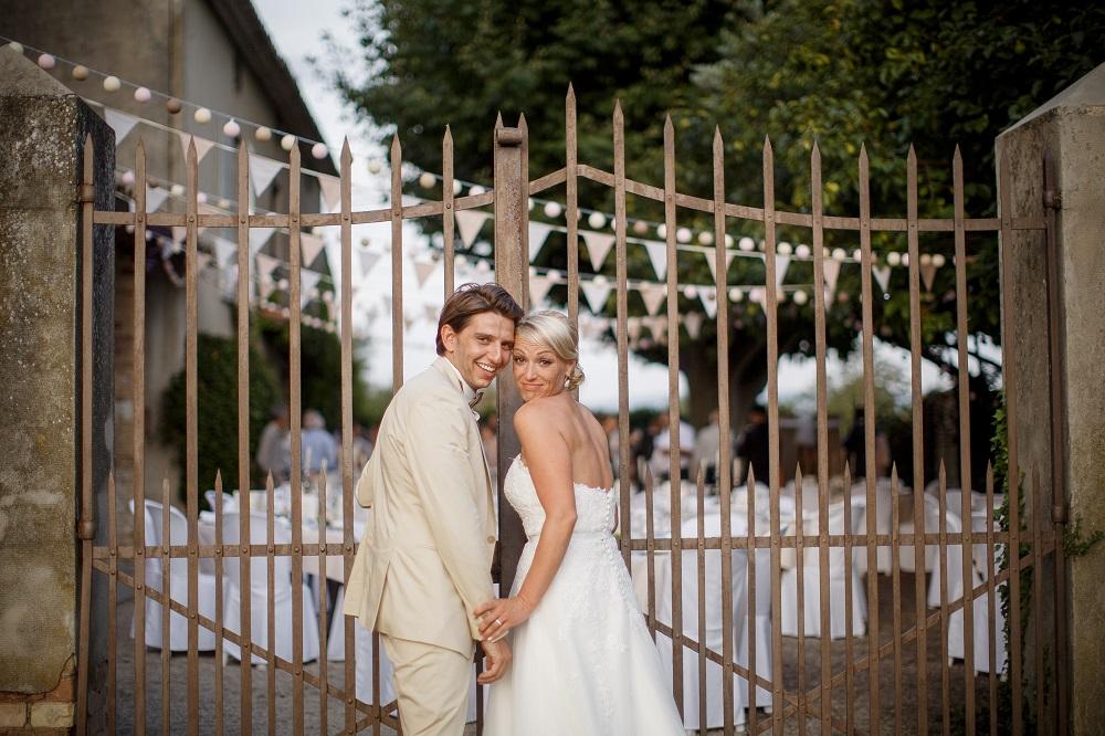 Le joli mariage rétro chic de Magali et Fabien