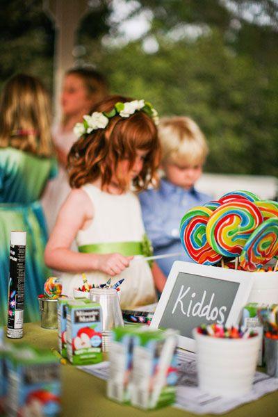 occuper des enfants dans un mariage