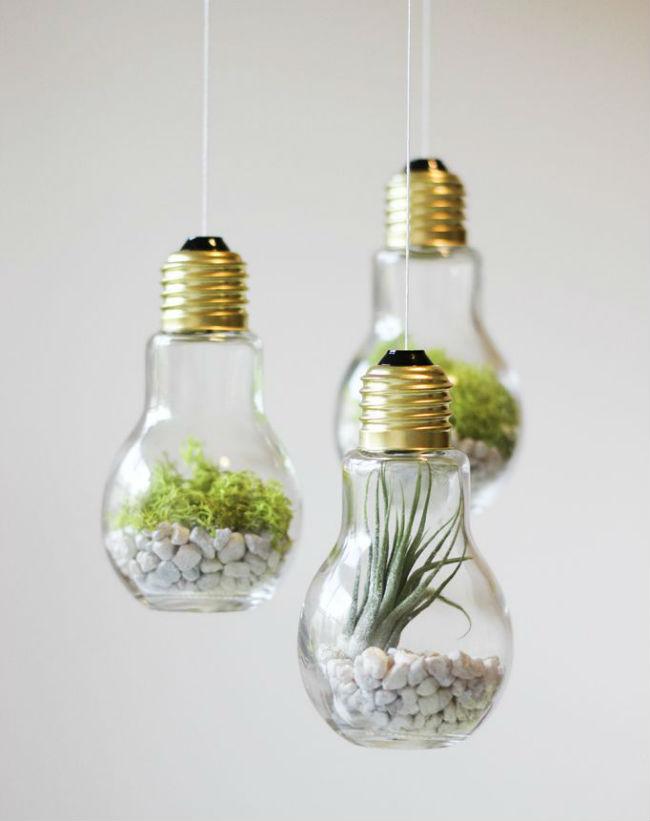 3 id es de d coration gr ce au recyclage d 39 ampoules. Black Bedroom Furniture Sets. Home Design Ideas