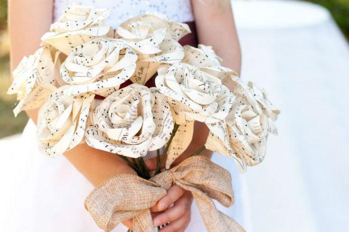 Bouquet de mariee papier 3