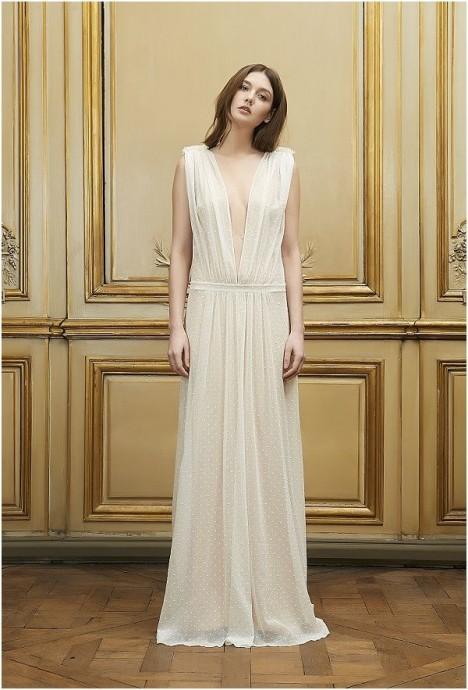 La robe de Delphine Manivet, collection 2015, est parfaite pour les grandes futures mariées à petites poitrines.