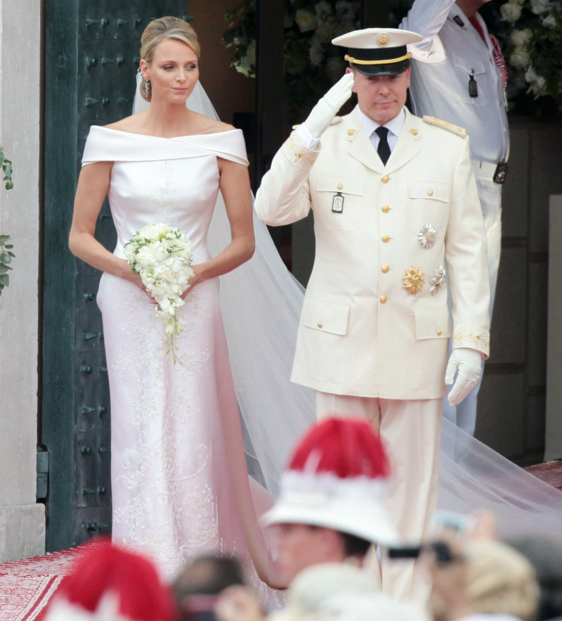 Les 15 robes de mari e les plus inspirantes de l 39 histoire for Robes de noce ann taylor