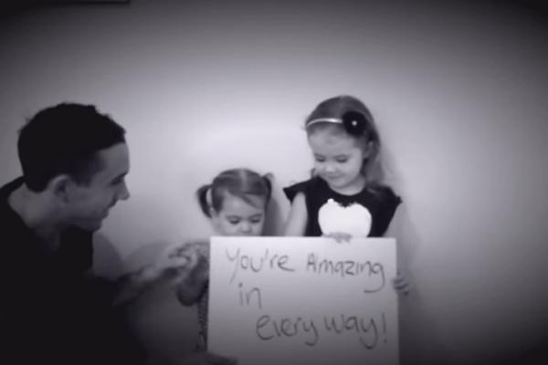 demande en mariage avec papa et ses deux filles
