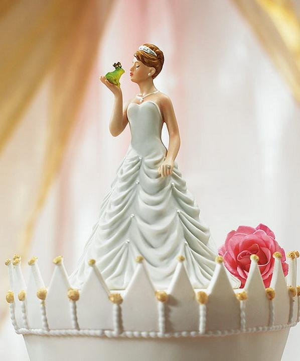 Le top des drôles de cake toppers - Mariage.com